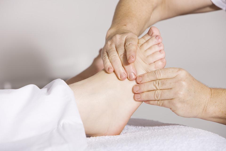 reflexologia-podal-centros-geriatricos-la-vostra-llar